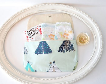 Diaper and Wipes case, diaper clutch, wipes case, make up bag, wet bag, envelope clutch
