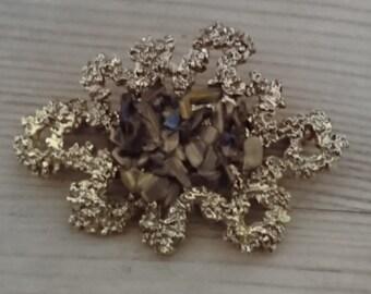 Vintage exquisite marked tigerseye chip brooch