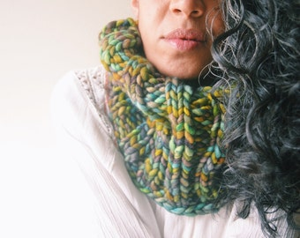 Chunky Moss Cowl - knit merino wool, super soft, warm, colorful, bright colors, scarf