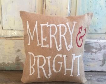 Christmas Burlap Pillow - Merry & Bright pillow | Christmas pillow | Christmas Decor | Holiday pillow | Holiday Decor