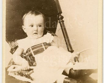CDV Carte de Visite Photo - Victorian Cute Baby Sitting in Chair - J W Thomas of Hastings England - Antique Photograph