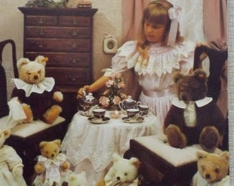 Vintage 1980s Martha Pullen Bearly Beginning Smocking Book 56 Pages Measures 8-1/2 by 11 Inches Instructions and Illustrations