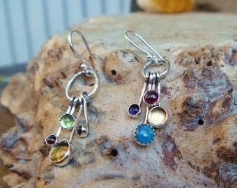 Multistone asymmetrical dangle earrings // Citrine Iolite Garnet Apatite Peridot // gemstones // gems