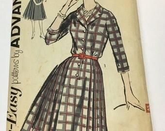 "Advance 2730 Vintage 1960s Sewing Pattern: Collared Shirtdress, Size 20 (40"" - 32"" - 44"")"