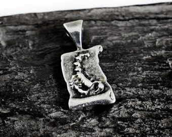 Scorpio Zodiac Pendant, Zodiac Charm, Astrology Pendants Charms, Horoscope, Star Sign, 12x23mm, Antique Silver Tone