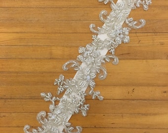 Floral Lace White Beaded Belt