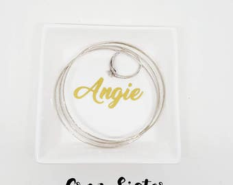 Personalized Ring Dish, Name ring dish, Bridesmaid gift, Wedding Gift, Ring Dish, jewelry dish, jewelry holder, Square Ring dish