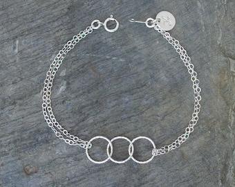 Personalized sister bracelet bff bracelet interlocking circle bracelet 3 best friends sister gift Sister bracelets personalized jewelry