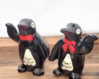Quirky Salt and Pepper Shaker, Funny Salt and Pepper Shakers, Unique Salt & Pepper Shaker, Penguin Salt and Pepper Shakers, Penguin Lovers