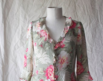 Vintage 80 90s Silk Printed Floral Ruffle 3/4 Sleeve Top // S M // Pastel Blouse
