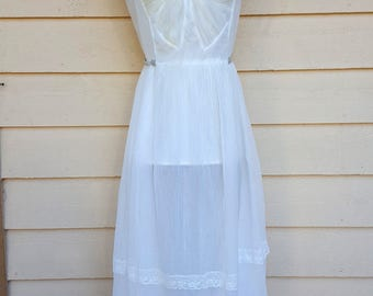 Vintage 1950s White Lace Negligee by Odette Barsa - XS