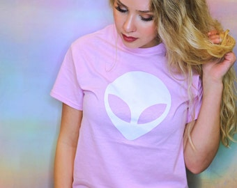 Alien T Shirt • Women's Alien Tee • Alien Head Shirt • Workout Tee « g500lightpink «« (basic, tee) «