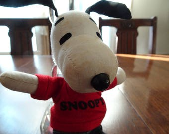 Vintage Snoopy, Snoopy Doll, Snoopy Plush, Charles Schultz, Charlie Brown, Peanuts Characters, Original Snoopy Doll, l968 Snoopy Dog, MCM