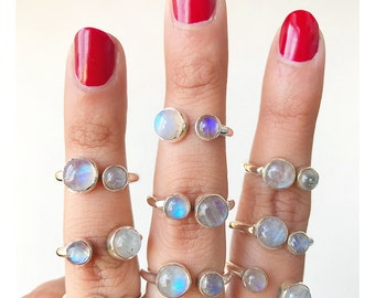 Adjustable Rainbow Moonstone and Labradorite 925 Silver Band Ring