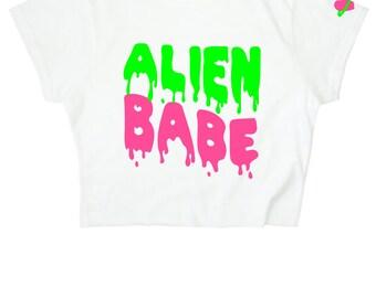 Alien Babe ∘ Crop top ∘ 90s Space Slime Grunge ∘ Planet Heart ∘ Kawaii ∘ Pastel ∘ Baby Blue Pink ∘ Goth ∘ Womens Ladies ∘ S M L XL 2XL