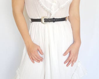 Vintage 1980s White Flowy Ruffle Summer Dress / Size (M)