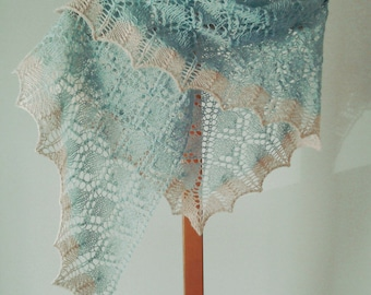 lace shawl/blue shawl/ladies shawl/wedding shawl/summer wrap/small shawl/lace wrap