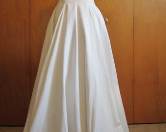 Victor Costa Elegant Wedding Dress