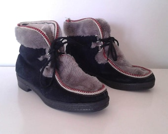 Vintage 1960's Yodelers Black Grey Suede Alpine Lace Up Ankle Boots Fuzzy Shearling Sz 8 Hippie Rustic