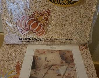 Gloria Vanderbilt for Martex Full Size Seaside Shells Sheet Set