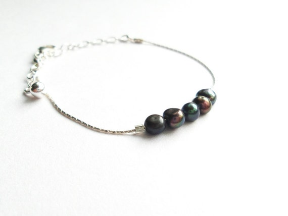 Bracelet chains real silver (925) timeless sober modern minimalist, natural and real black freshwater pearls