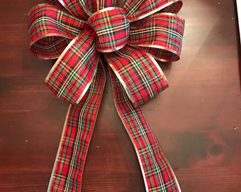 Basic Plaid Christmas Bow