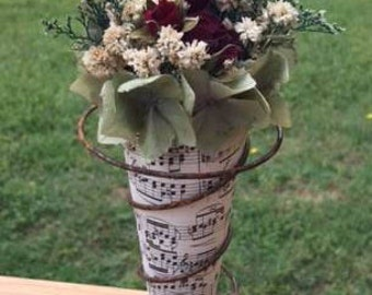 country flower decor, dried flower art, flower cone, roses and greenery, bed spring with roses, farmhouse decor, country decorating