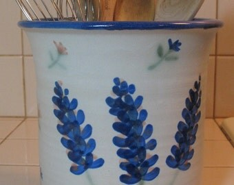 Free Shipping Utensil Crock with Blue Bonnet Design