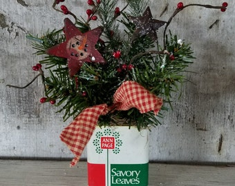 Snowmans spice etsy for Decorating tins for christmas