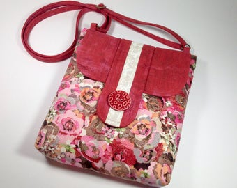 Shabby Chic Medium Travel iPad Crossbody Bags Hipster, Antique Floral Rose Cross body Purse Over the Shoulder Boho Bag Messenger Sling