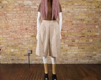 khaki culottes / 80s culottes / high waist culottes / minimalist / wide leg / high waist pants / culottes / loose cropped pants / gauchos