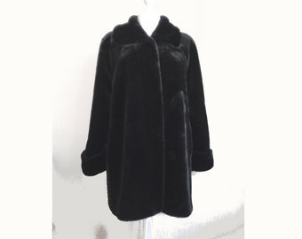 Vintage ladies black faux fur coat lined metal clip close retro design womens faux fur swing coat by Dunnes Ireland UK 14 US 12 Euro 42 (X)