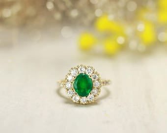 ONE-OF-A-KIND: Emerald and Diamond Engagement <Prong> Solid 14K Gold Colored Stone Estate Ring *Fine Jewelry* (Free Shipping)