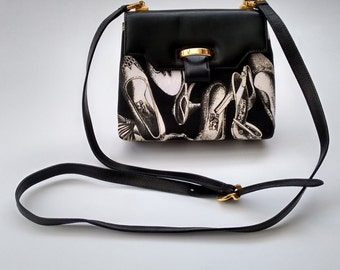 SALVATORE FERRAGAMO Vintage Black Leather Crossbody Bag. Italian Designer Purse.