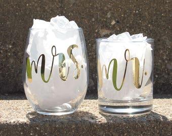 Wedding Glasses For Bride And Groom Sets, Bride Groom Toasting Glasses, Mr And Mrs Glasses, Wedding Toasting Glasses, Groom Whiskey Glass