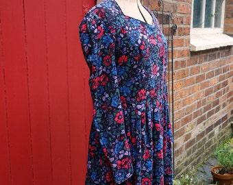 Laura Ashley dress   1980s dress   floral dress   80s dress   needlecord fabric dress   floral print   vintage dress   corduroy