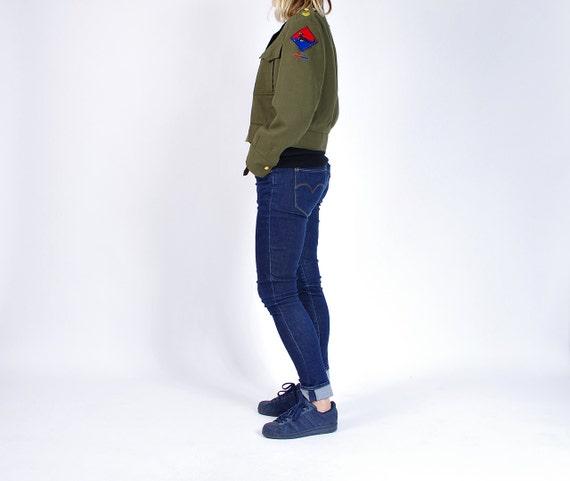 SALE - 1970s Army Ike Cropped Street Style Jacket / Men size M Women L/XL or baggy