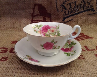 Beautiful Vintage  Occupied Japan Floral Tea Cup and Saucer