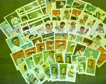 125 pc VINTAGE BASEBALL CARDS (item#393) sports collectibles paper ephemera