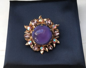 Vintage French Art Deco brooch