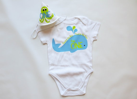 First Birthday Boy Whale Under the Sea Outfit in Blue and Green, Party Hat and Personalized Bodysuit, Smash Cake Set