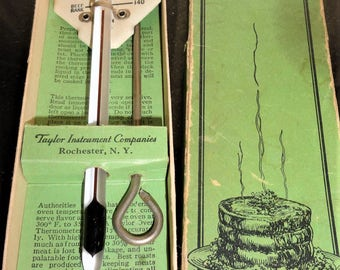 Vintage Mid Century TAYLOR Instrument Companies Rochester N.Y. Roast Meat No. 5936 Thermometer In Its Original Box