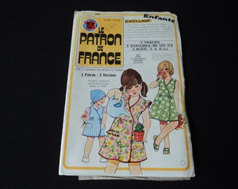 REDUCED - French Vintage Le Patron de France fabric sewing pattern. Pattern number 4607  (04810)