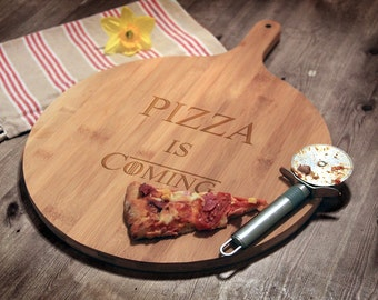Game of Thrones Inspired Pizza Board, Game of Thrones Birthday Gift, Pizza is Coming