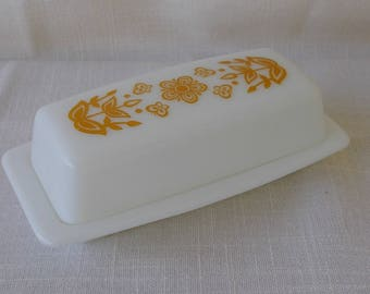 Vintage Pyrex Butter Dish, Butterfly Gold