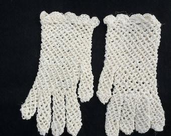 Girl and toddlers crochet cotton gloves.flower girl gloves.bridesmaid gloves.confirmation gloves.communion gloves,wedding gloves,