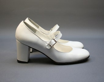 Vintage white Mary Janes pumps, Leather women heel shoes, Wedding, White party, Size fr 35 / uk 2.5 / us 4, French brand
