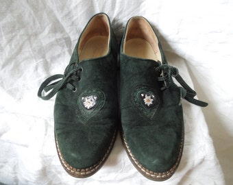 90s Green Suede Folk Shoes EU 40