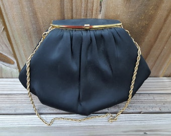 1960's Beautiful Vintage Black Clutch/handbag