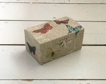 Butterfly Jewellery Box, Wood Box, Jewelry Box, Bathroom Storage, Storage Box, Craft Storage, Decorated Box, Gifts for Mom, Mothers Day Gift